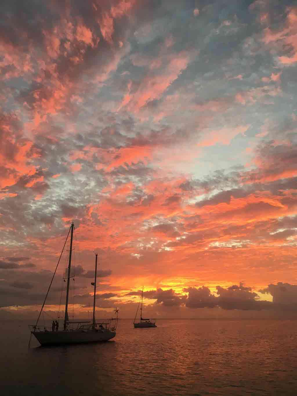 barche-tramonto-caraibi